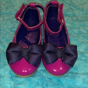 NWOT crazy 8 purple dress shoe w/ blue bow